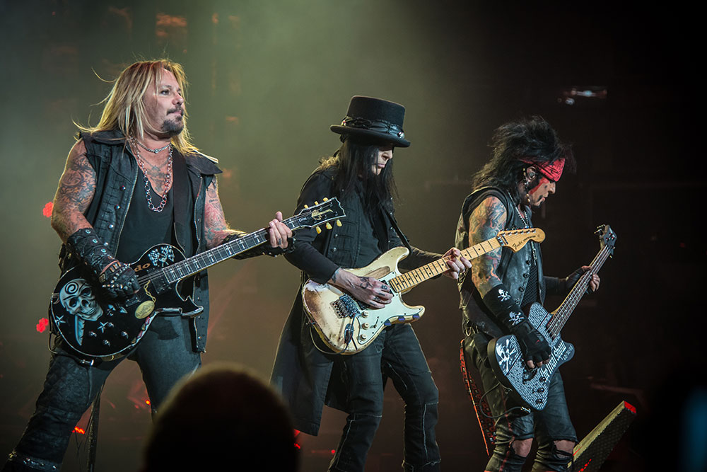 Motley Crue The End
